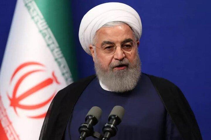 روحانی: مناطق آزاد باید در سرمایهگذاری خارجی پیشران شوند