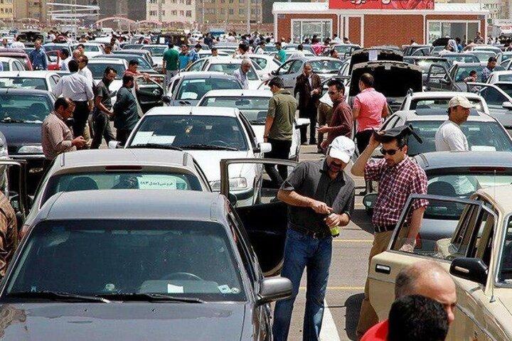 بازار خودرو در انتظار آقای رئیس جمهور!