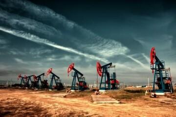 قیمت جهانی نفت امروز ۲۵ آذر ۹۹