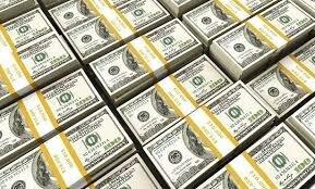 بررسی نوسانات دلار در سال ۹۹