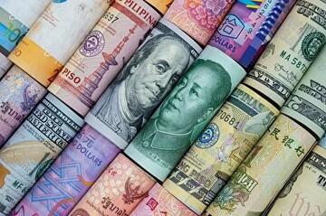 یوآن ارزش دلار را پایین آورد