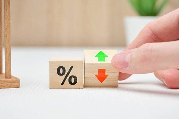 در بانک سرمایه گذاری کنیم یا مسکن؟ سال 1400 سود بانکی بهتر است یا خرید مسکن؟