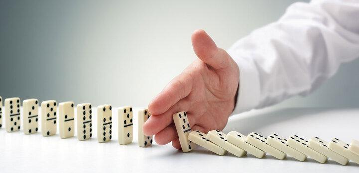 چالش ریسک و گزینههای پیشرو