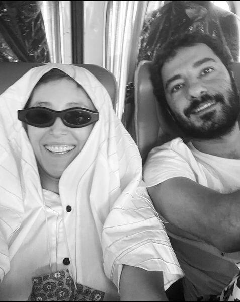 جدیدترین عکس نوید محمدزاده و همسرش بعد از ازدواج