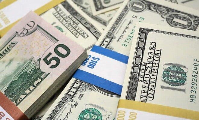 ارزش دلار در مسیر نزولی