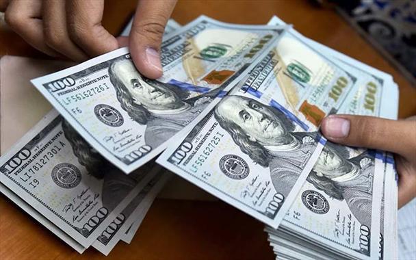 دلار ارزشش را حفظ کرد