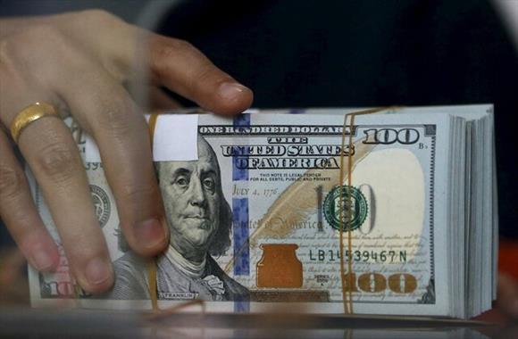 دلار دوباره با ارزش شد